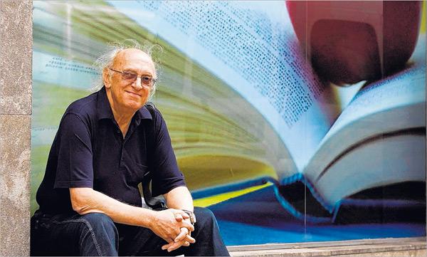 Petros Markaris: Yurdum neresi bilmem ama İstanbulluyum